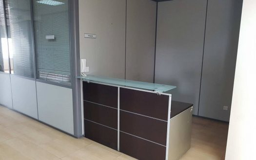 Office in City Center for Rent