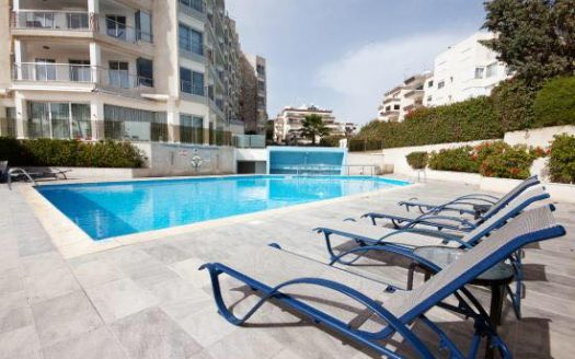 Beachfront 2 Bedroom Apartment with Garden View & Side Sea View 40589134 1943168662392881 349692165611323392 n 525x328