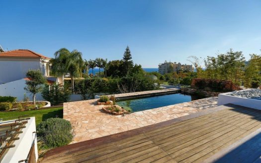 5 Bedroom Villa in Agios Tychonas IMG 6360 525x328