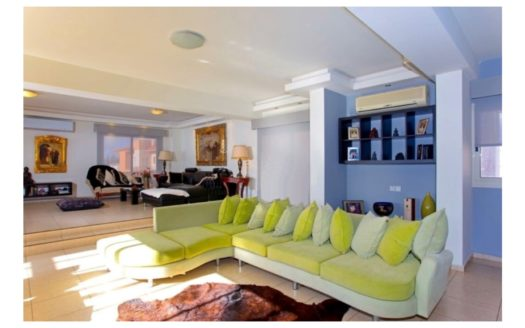 Luxury Penthouse with Sea View in Tourist Area