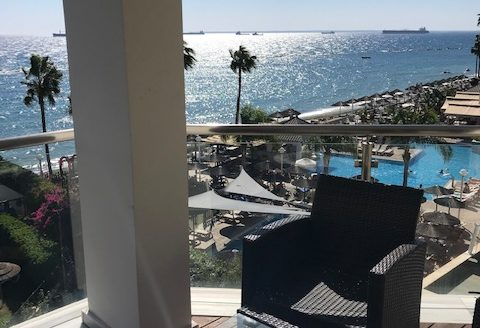 Beachfront 3 Bedroom Apartment with Sea View in Tourist Area