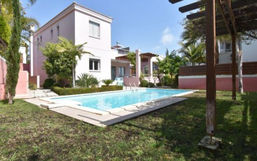 3 Bedroom Villa in Amathusia Coastal Heights complex